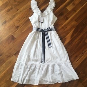 New Women's white sleeveless midi vneck dress